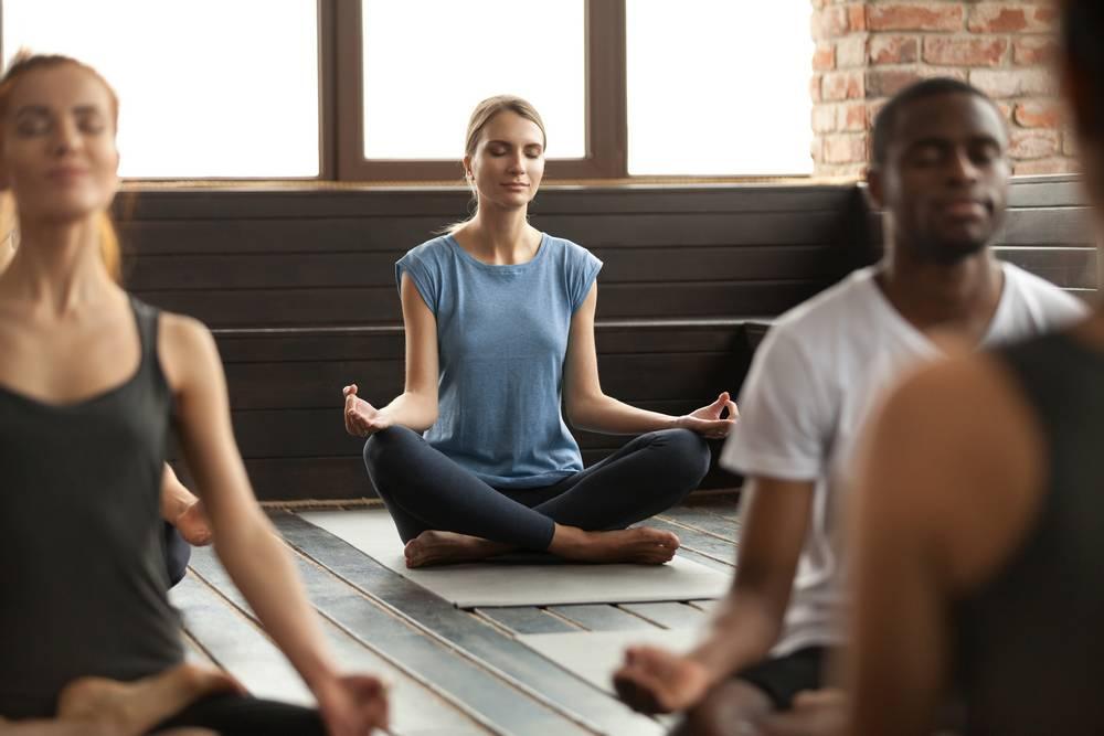 Photo d'une séance de méditation pour la gestion du stress